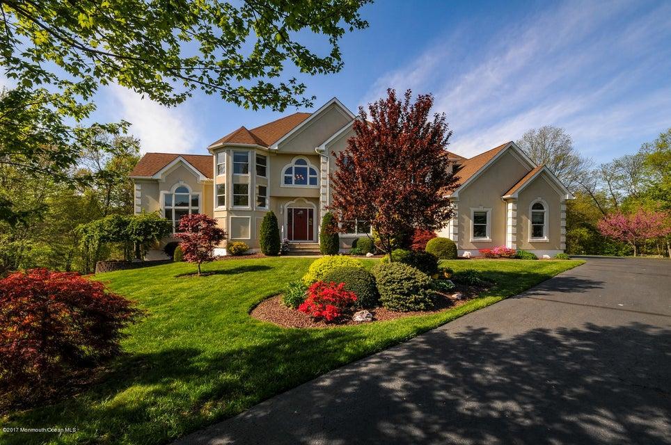 一戸建て のために 売買 アット 42 Buckingham Drive 42 Buckingham Drive East Brunswick Township, ニュージャージー 08816 アメリカ合衆国