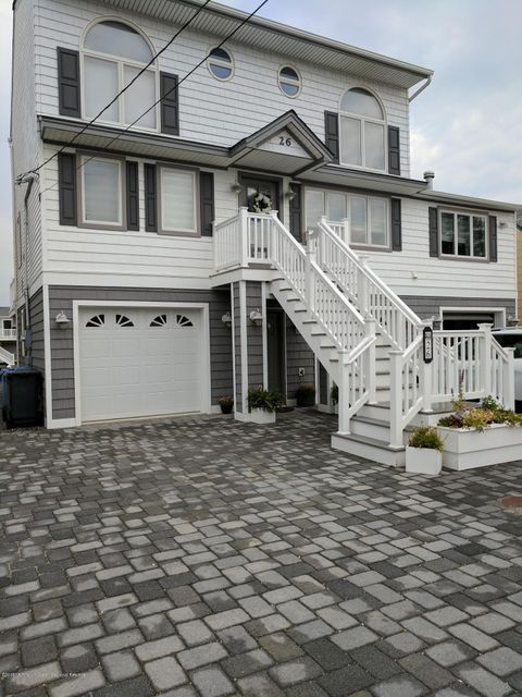 Maison unifamiliale pour l Vente à 26 Frank Drive 26 Frank Drive Beach Haven West, New Jersey 08050 États-Unis