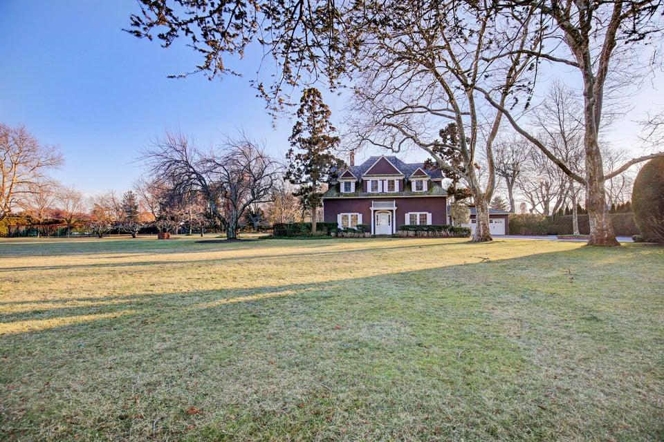 獨棟家庭住宅 為 出售 在 140 Park Avenue 140 Park Avenue Elberon, 新澤西州 07740 美國