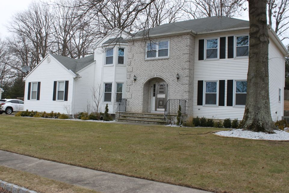 独户住宅 为 出租 在 3 Bluffs Court 3 Bluffs Court 摩根维尔, 新泽西州 07751 美国