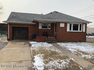 Частный односемейный дом для того Продажа на 23 Wilson Street 23 Wilson Street South Hackensack, Нью-Джерси 07606 Соединенные Штаты