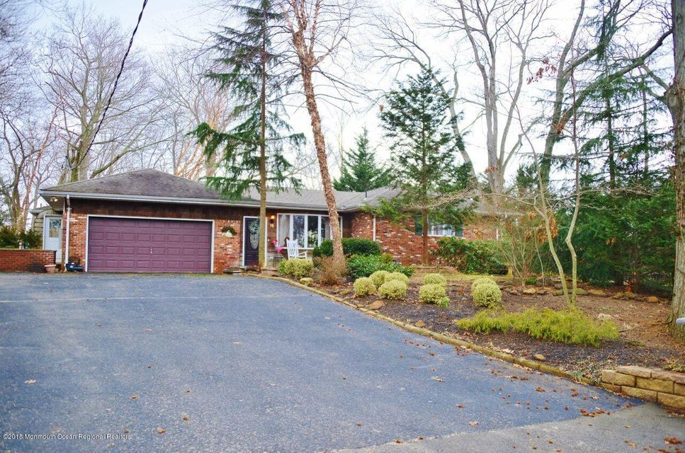 Single Family Home for Sale at 15 Farview Avenue 15 Farview Avenue Atlantic Highlands, New Jersey 07716 United States