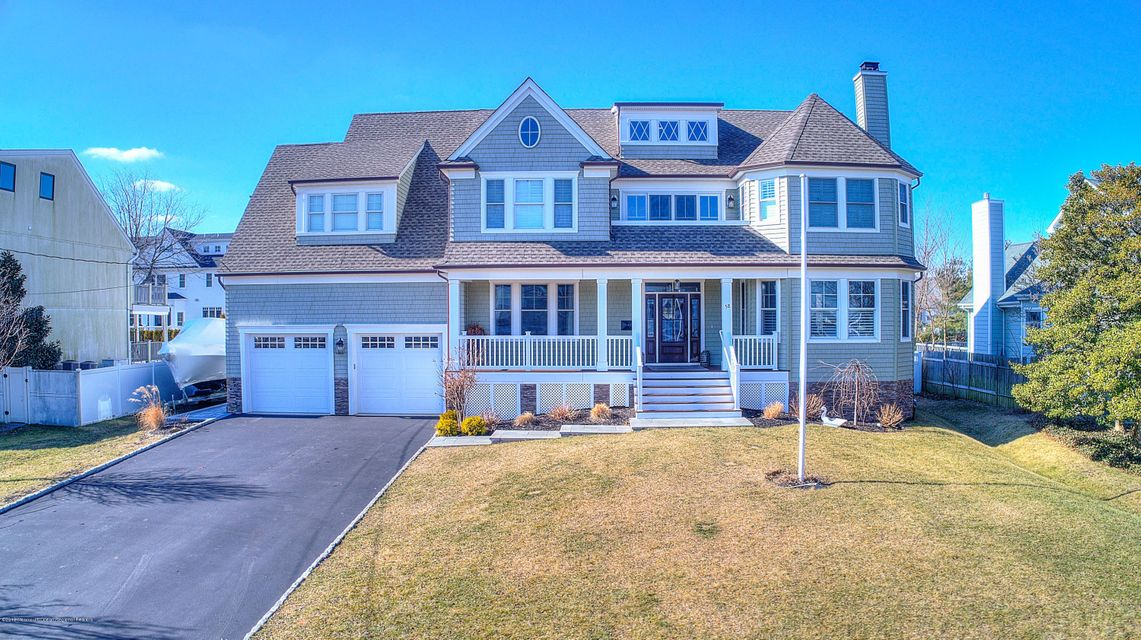 Single Family Home for Sale at 58 Monmouth Parkway 58 Monmouth Parkway Monmouth Beach, New Jersey 07750 United States