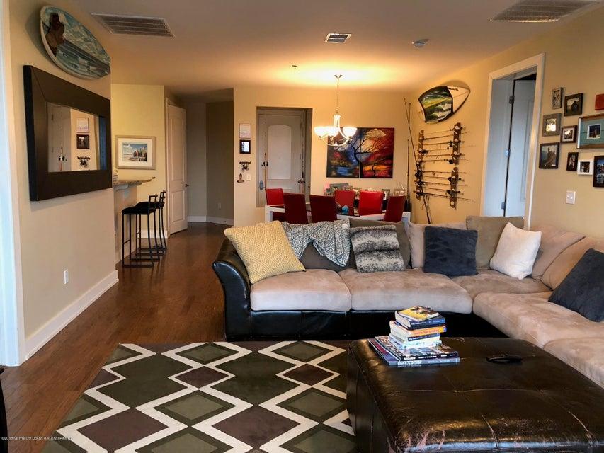 Appartement en copropriété pour l à louer à 432 Ocean Boulevard 432 Ocean Boulevard Long Branch, New Jersey 07740 États-Unis
