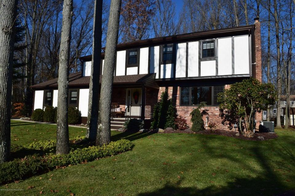 Maison unifamiliale pour l Vente à 11 Omega Court 11 Omega Court Middletown, New Jersey 07748 États-Unis