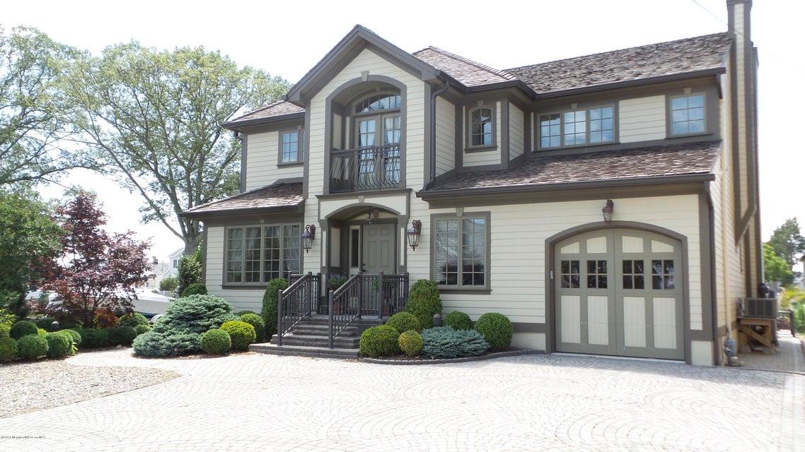 獨棟家庭住宅 為 出售 在 1629 East Drive 1629 East Drive Point Pleasant, 新澤西州 08742 美國