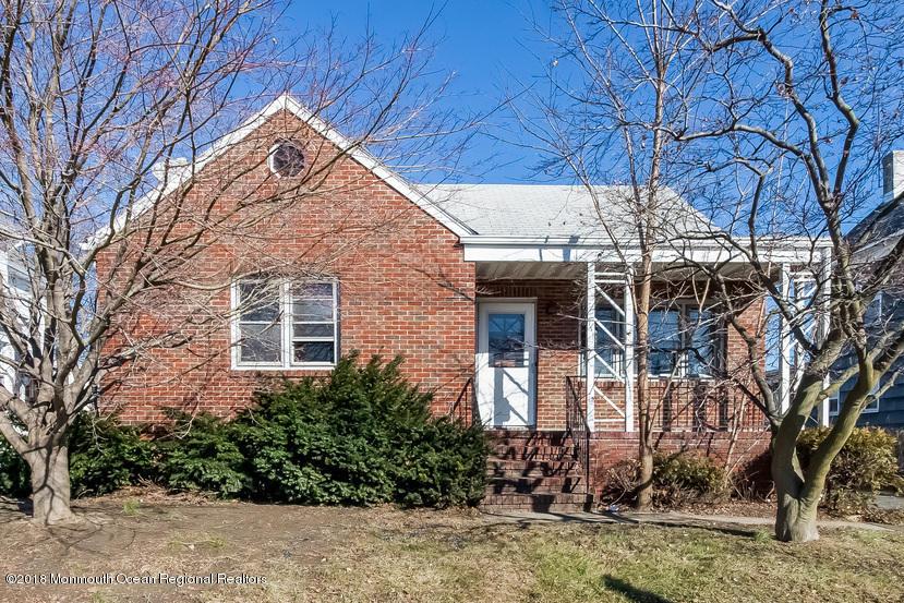 Maison unifamiliale pour l Vente à 141 Prospect Street 141 Prospect Street South River, New Jersey 08882 États-Unis