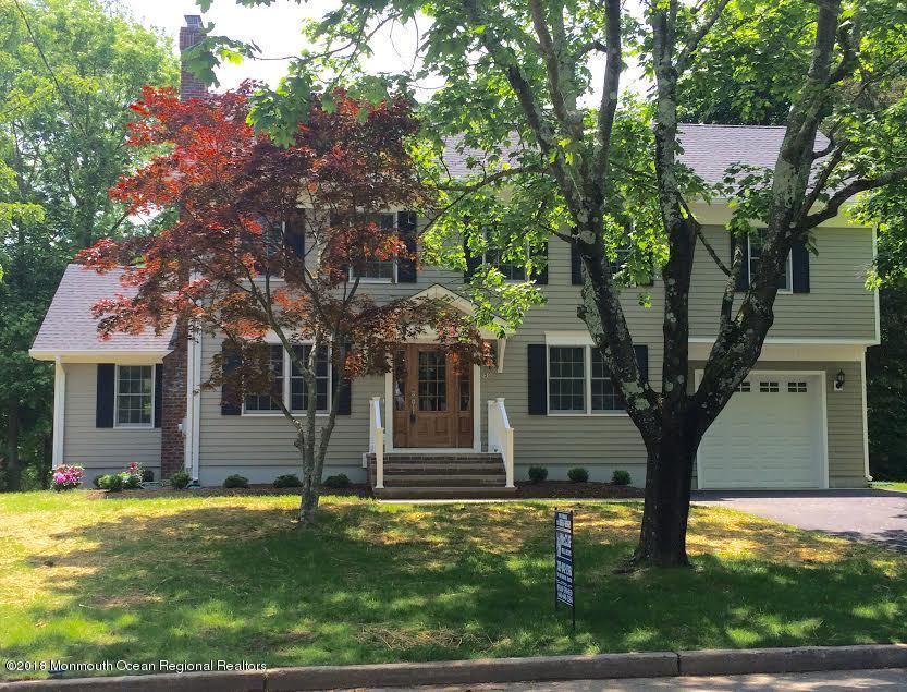 Maison unifamiliale pour l Vente à 50 James Street 50 James Street Shrewsbury, New Jersey 07702 États-Unis
