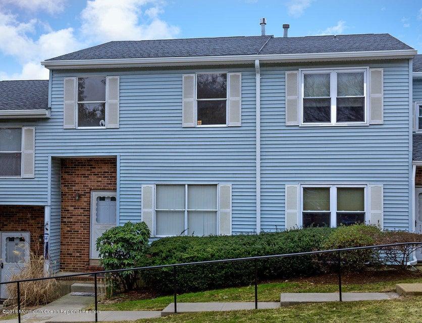 獨棟家庭住宅 為 出售 在 42 Deerfield Lane 42 Deerfield Lane Jamesburg, 新澤西州 08831 美國
