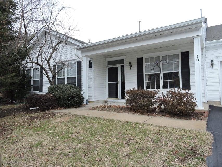 独户住宅 为 出租 在 10 Silverside Road 10 Silverside Road 莱克伍德, 新泽西州 08701 美国