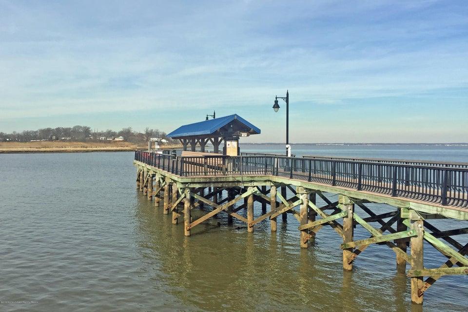 Waterfront Park - Fishing Pier