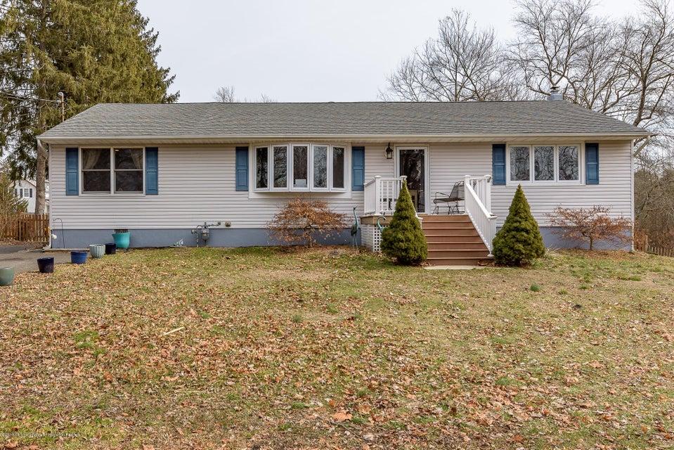 独户住宅 为 销售 在 1 Brook Street 1 Brook Street Lakehurst, 新泽西州 08733 美国