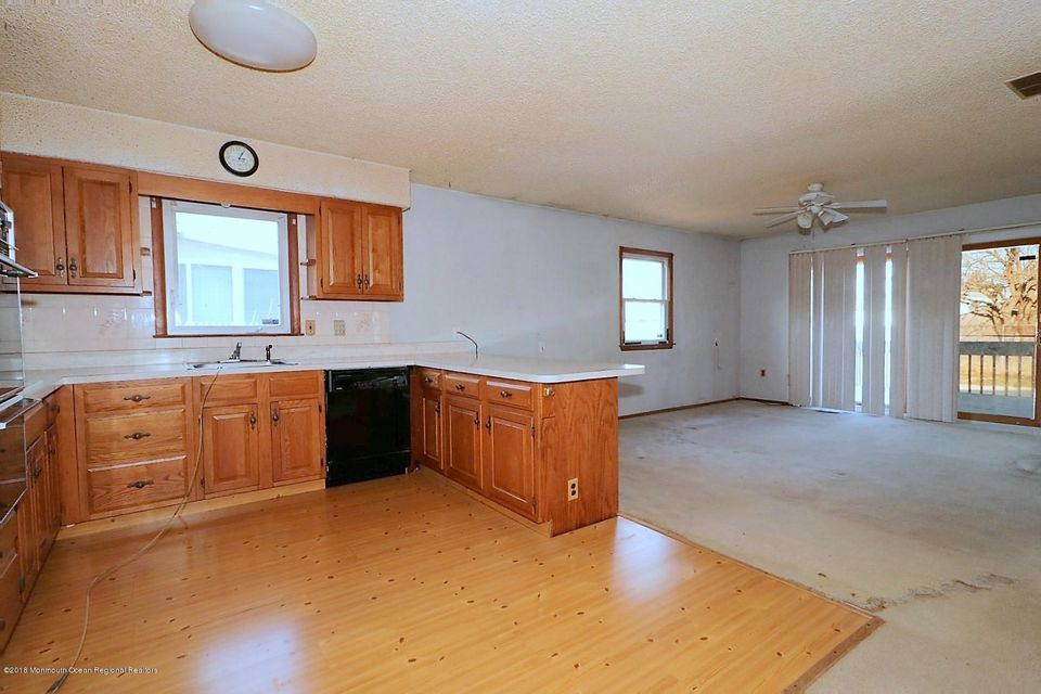 Additional photo for property listing at 745 Garfield Avenue 745 Garfield Avenue Toms River, Nova Jersey 08753 Estados Unidos