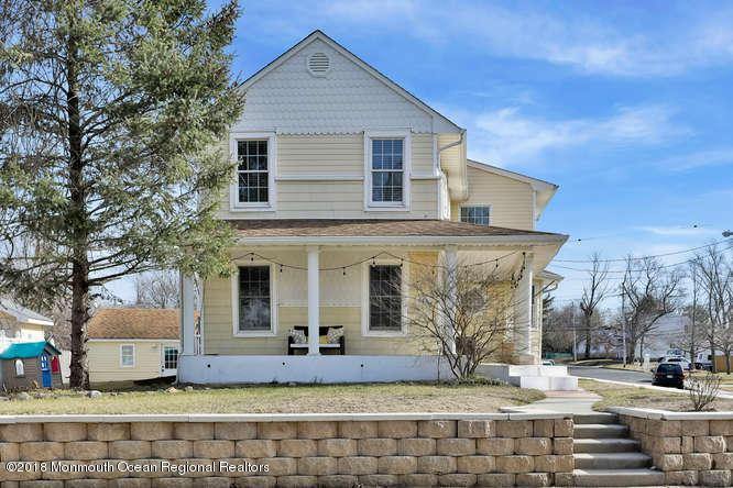 一戸建て のために 売買 アット 669 Main Street 669 Main Street Belford, ニュージャージー 07718 アメリカ合衆国