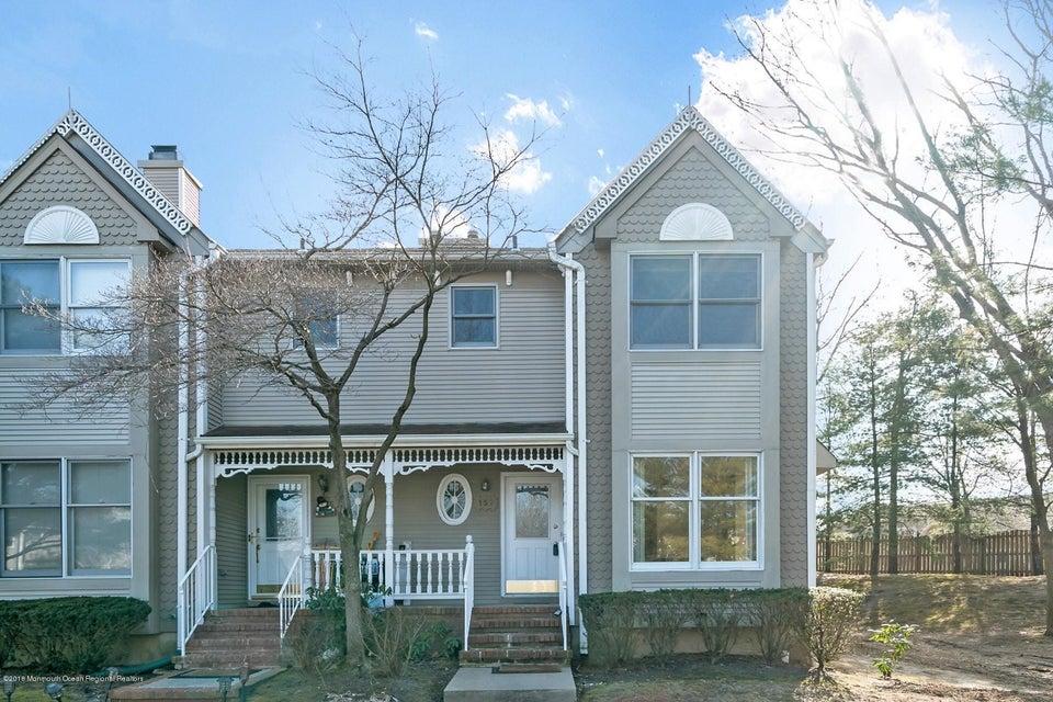 Condominio por un Alquiler en 157 Northampton Drive 157 Northampton Drive Holmdel, Nueva Jersey 07733 Estados Unidos