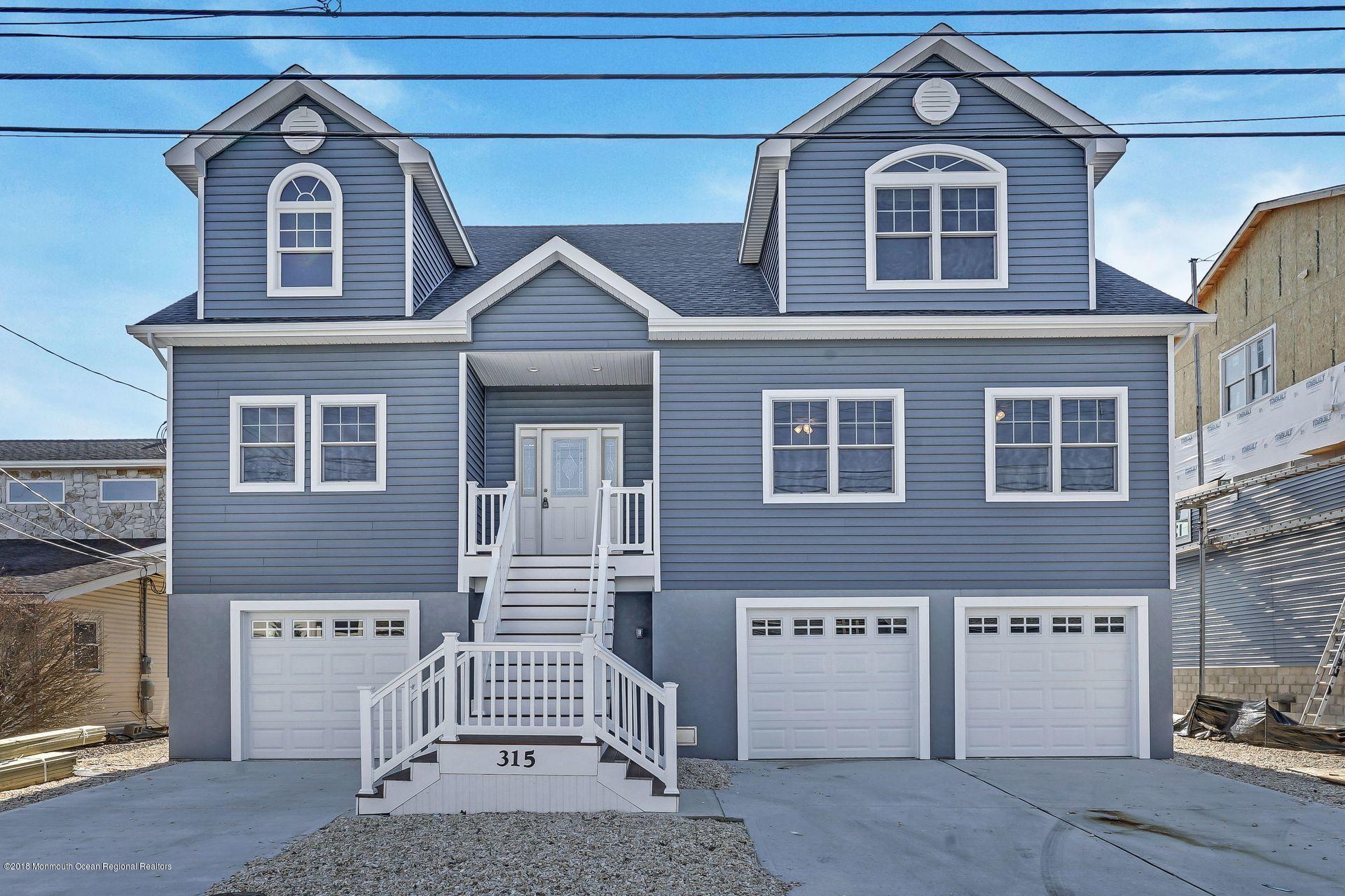 Einfamilienhaus für Verkauf beim 315 Aldo Drive 315 Aldo Drive Toms River, New Jersey 08753 Vereinigte Staaten