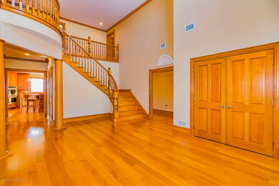 Additional photo for property listing at 12 Sunset Lane 12 Sunset Lane Monmouth Beach, Nueva Jersey 07750 Estados Unidos