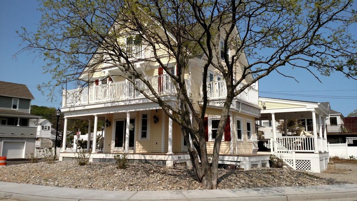 独户住宅 为 出租 在 60 Bay Avenue 60 Bay Avenue Highlands, 新泽西州 07732 美国