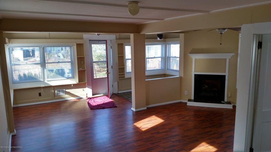 独户住宅 为 出租 在 23 Central Avenue 23 Central Avenue Highlands, 新泽西州 07732 美国