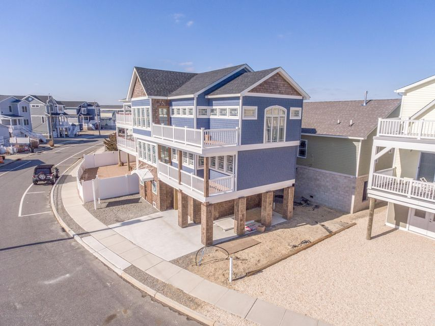 Villa per Vendita alle ore 424 Bayside Terrace 424 Bayside Terrace Seaside Heights, New Jersey 08751 Stati Uniti