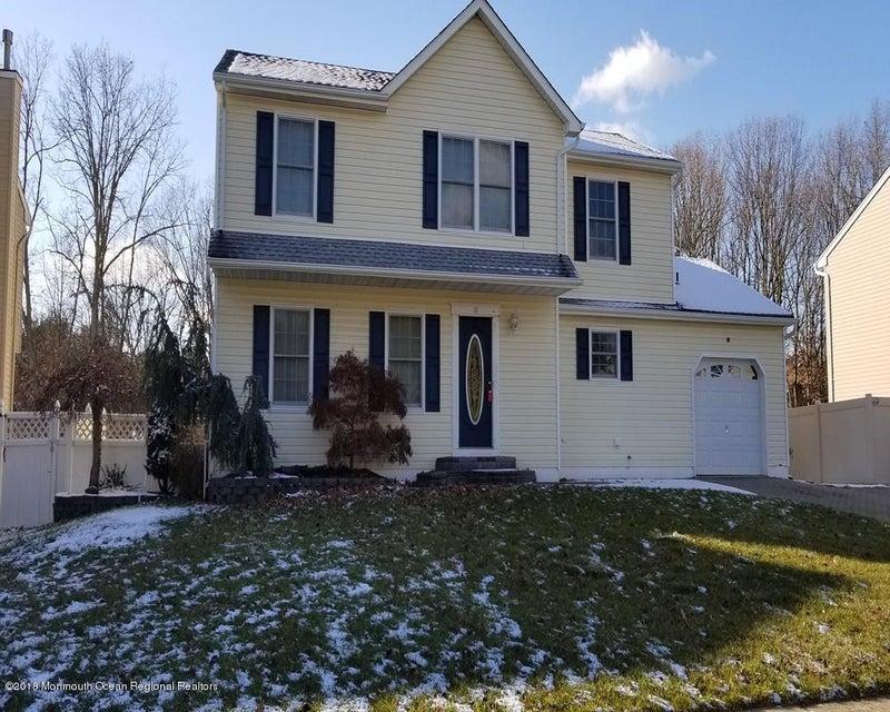 Maison unifamiliale pour l Vente à 14 Gladiola Drive 14 Gladiola Drive Howell, New Jersey 07731 États-Unis