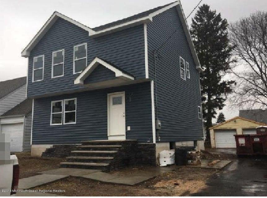 Maison unifamiliale pour l Vente à 113 Haverford Street 113 Haverford Street North Brunswick, New Jersey 08902 États-Unis