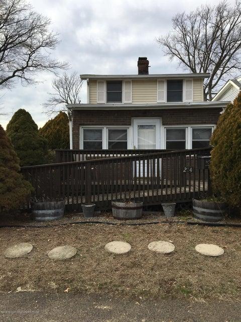 独户住宅 为 销售 在 214 Seaview Avenue 214 Seaview Avenue 劳伦斯港, 新泽西州 08879 美国