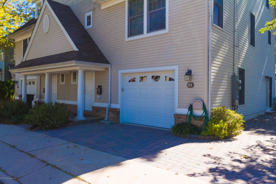 Single Family Home for Rent at 20 Lien Street 20 Lien Street Toms River, New Jersey 08753 United States