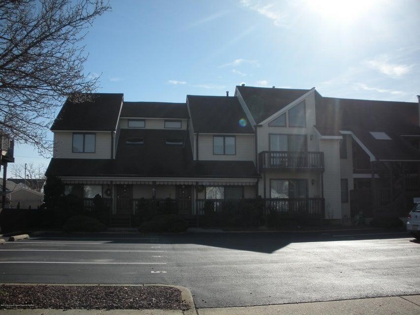 Appartement en copropriété pour l à louer à 231 Fremont Avenue 231 Fremont Avenue Seaside Heights, New Jersey 08751 États-Unis