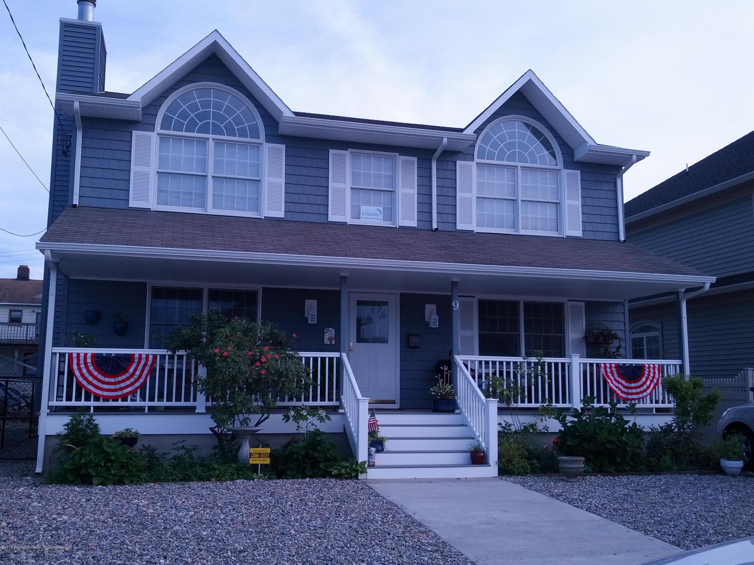 Maison unifamiliale pour l Vente à 9 6th Avenue 9 6th Avenue Seaside Heights, New Jersey 08751 États-Unis