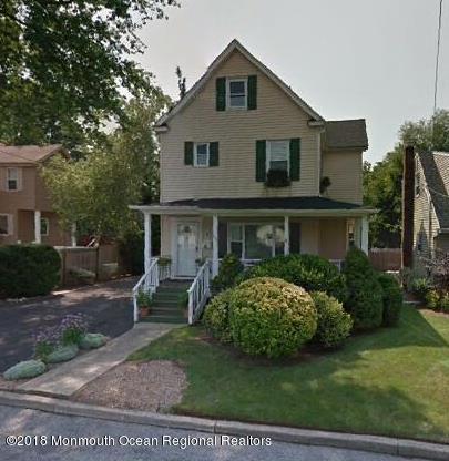 Nhà ở một gia đình vì Bán tại 58 Hillside Avenue 58 Hillside Avenue Bergenfield, New Jersey 07621 Hoa Kỳ