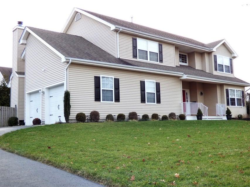 獨棟家庭住宅 為 出售 在 114 Sagamore Avenue 114 Sagamore Avenue Oceanport, 新澤西州 07757 美國