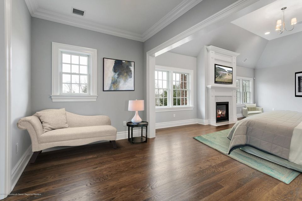 Additional photo for property listing at 7 Bingham Hill Circle 7 Bingham Hill Circle Rumson, New Jersey 07760 États-Unis