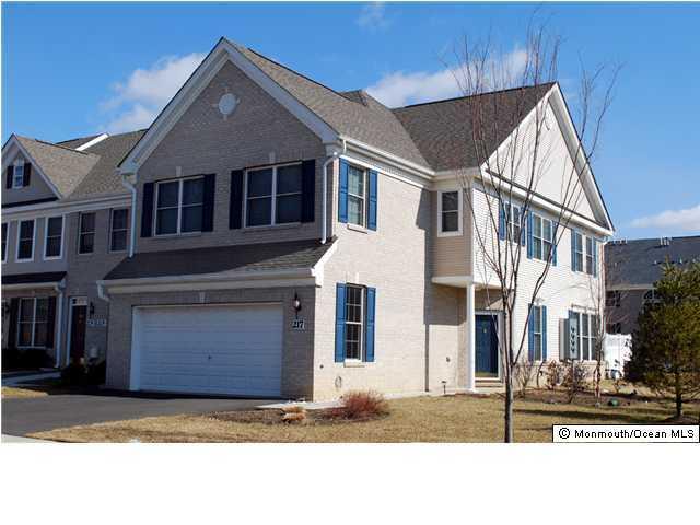 Appartement en copropriété pour l à louer à 217 Deepwater Circle 217 Deepwater Circle Manalapan, New Jersey 07726 États-Unis