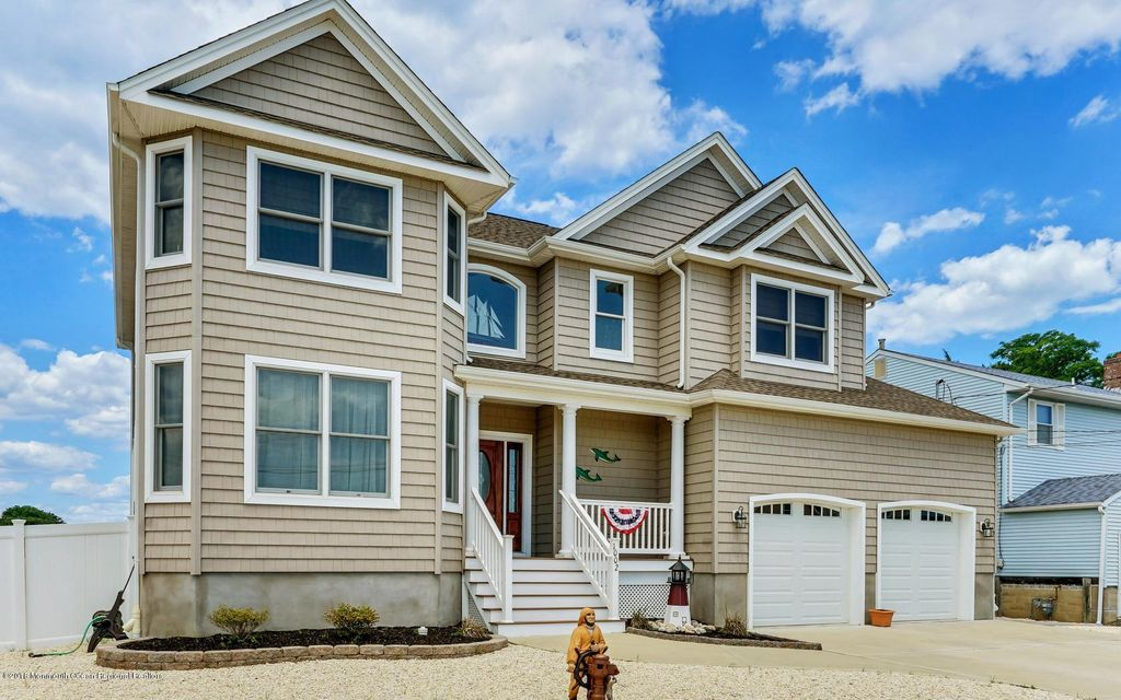 Single Family Home for Sale at 1002 Capstan Drive 1002 Capstan Drive Forked River, New Jersey 08731 United States