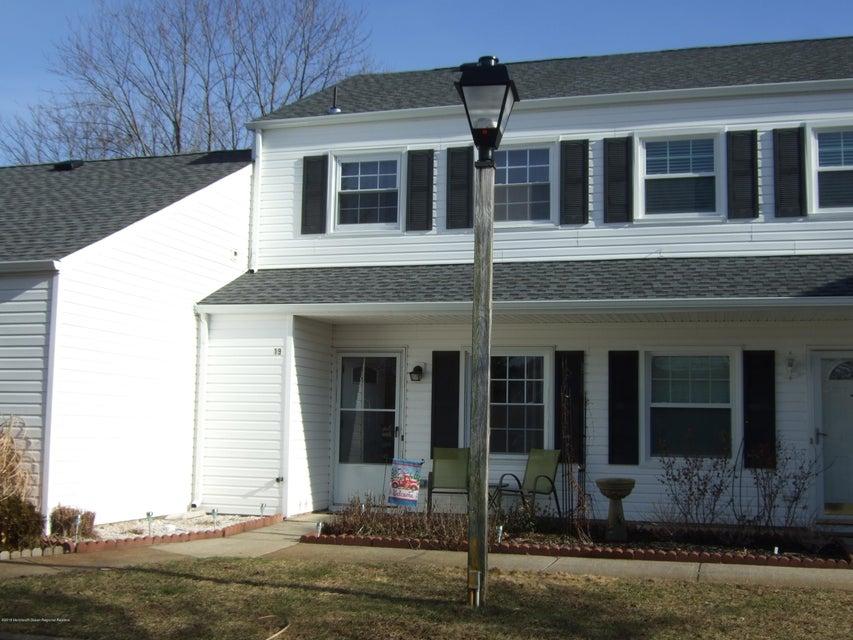 Condominio por un Alquiler en 19 Chesapeake Court 19 Chesapeake Court Barnegat, Nueva Jersey 08005 Estados Unidos