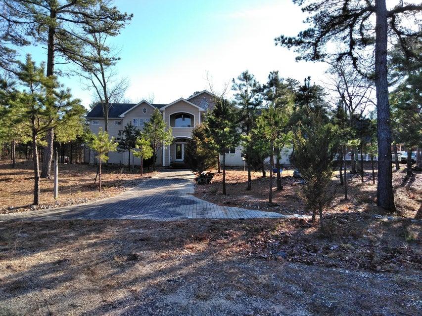 Casa Unifamiliar por un Venta en 1211 Wells Mill Road 1211 Wells Mill Road Waretown, Nueva Jersey 08758 Estados Unidos