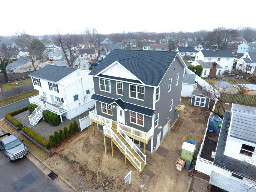 Single Family Home for Sale at 50 Creek Road 50 Creek Road Port Monmouth, New Jersey 07758 United States