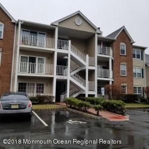 Single Family Home for Sale at 104 Versailles Court 104 Versailles Court Hamilton, New Jersey 08619 United States
