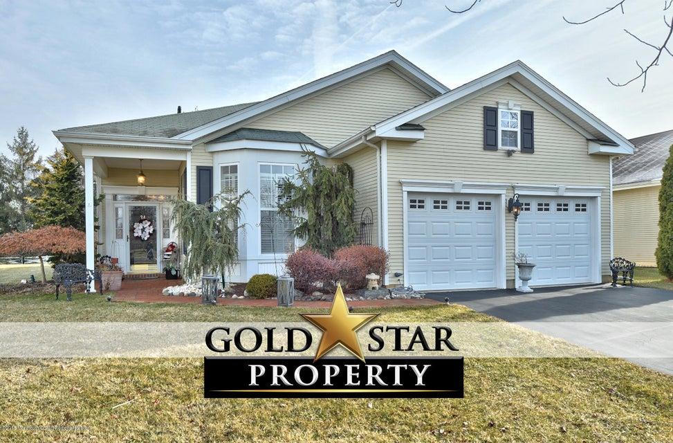 24 Williamsburg Court_UFT _gold star (1)