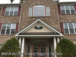 共管式独立产权公寓 为 出租 在 527 Sophee Lane 527 Sophee Lane 莱克伍德, 新泽西州 08701 美国