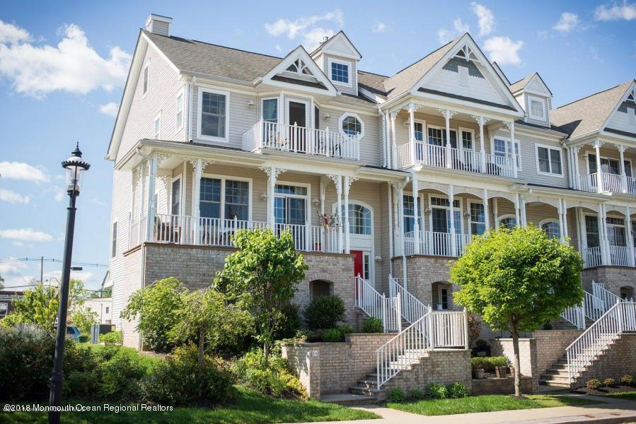 Casa Unifamiliar por un Venta en 24 1st Street 24 1st Street Keyport, Nueva Jersey 07735 Estados Unidos