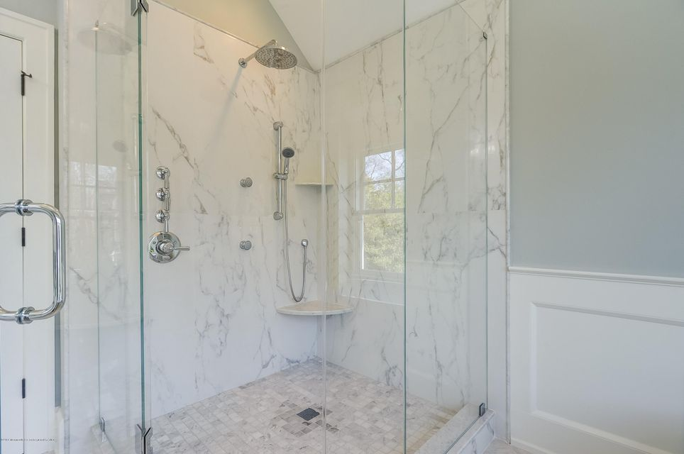 021_Master Bathroom