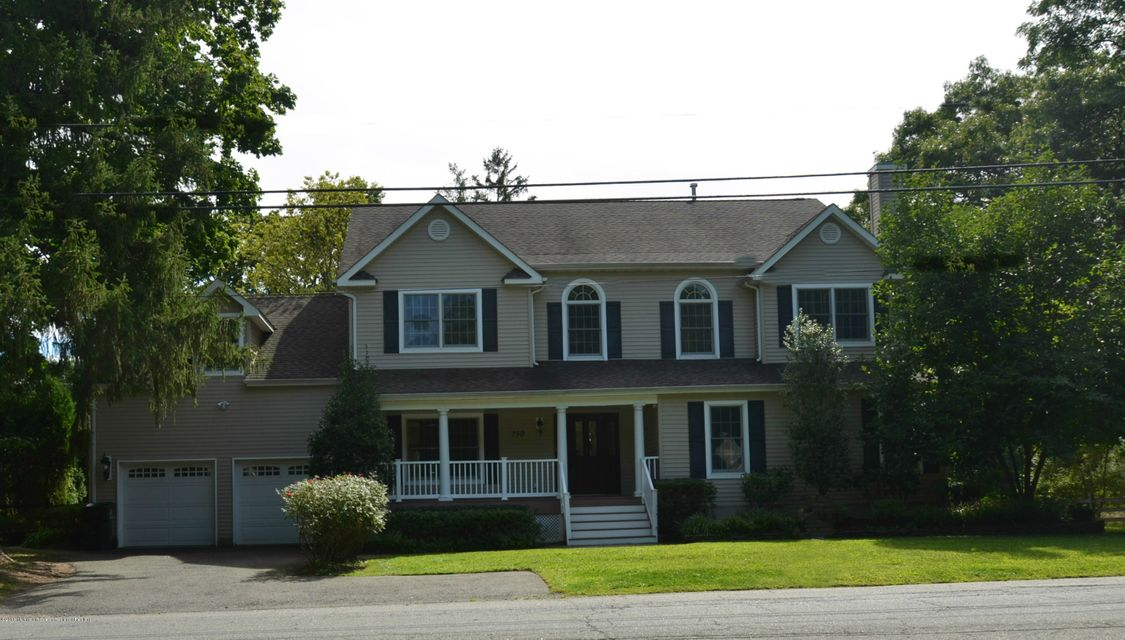 Single Family Home for Sale at 730 Kings Highway 730 Kings Highway Atlantic Highlands, New Jersey 07716 United States