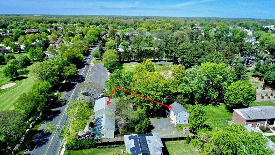 Einfamilienhaus für Verkauf beim 1004 Allaire Road 1004 Allaire Road Spring Lake Heights, New Jersey 07762 Vereinigte Staaten