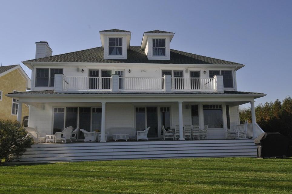 Maison unifamiliale pour l à louer à 2 Circle Drive 2 Circle Drive Monmouth Beach, New Jersey 07750 États-Unis