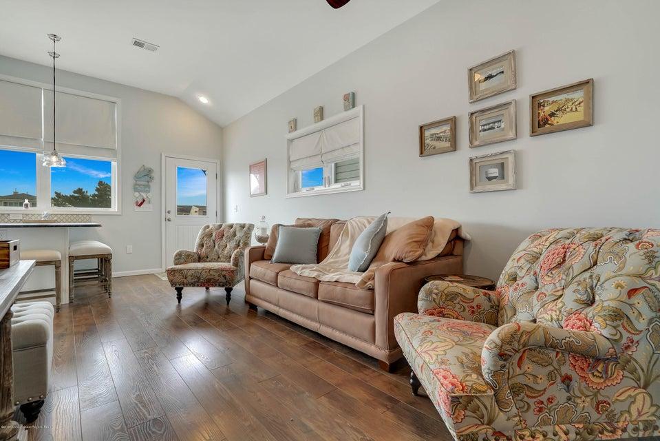 204  Bryn Mawr Avenue - Picture 4