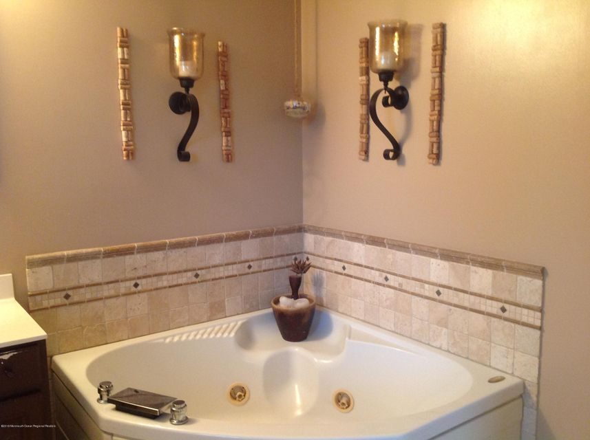 Additional photo for property listing at 337 Sassafras Street 337 Sassafras Street Browns Mills, Nova Jersey 08015 Estados Unidos