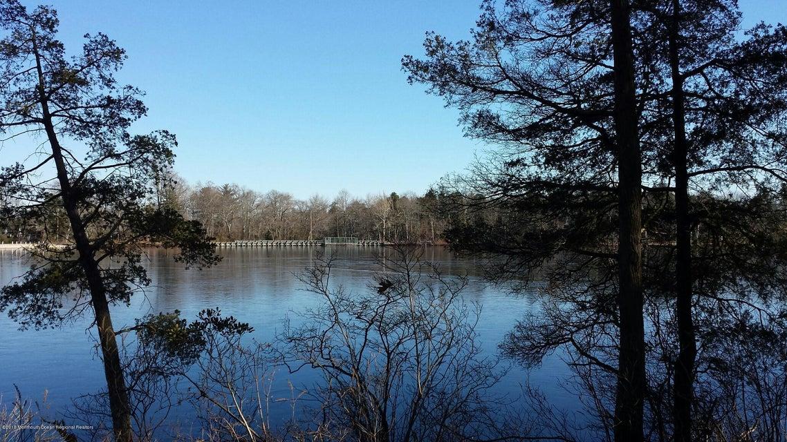 Land for Sale at 5 Lakeshore Drive 5 Lakeshore Drive Lakehurst, New Jersey 08733 United States