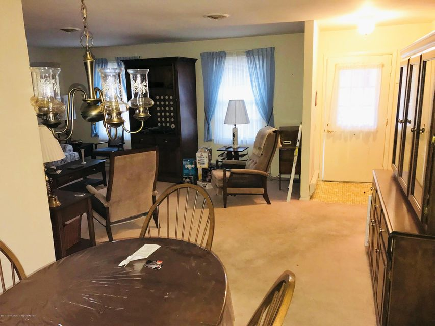 Additional photo for property listing at 36 Auburn Street 36 Auburn Street Whiting, Nova Jersey 08759 Estados Unidos